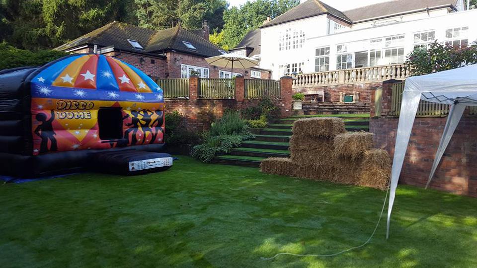 Garden party, Hagley